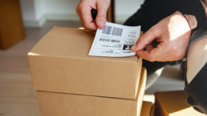 Packing Slip vs Shipping Label: What's the Difference?